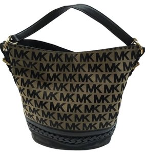 Michael Kors Bucket Tote Signature Shoulder Bag