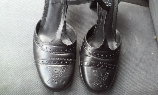 Franco Sarto Heels Sandals Flats Perforated Sandal Gucci Louboutin Chanel Leather Black Pumps