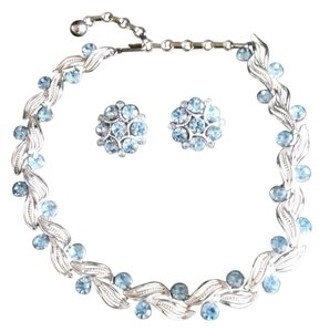 Lisner Vintage Lisner Aquamarine Blue Silver Necklace Set