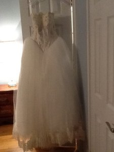 St. Pucchi 312 Wedding Dress