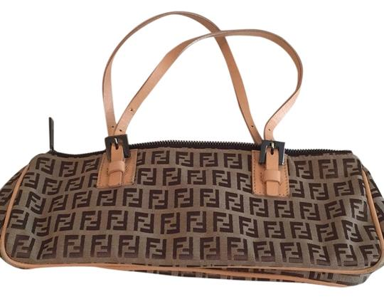 Preload https://item1.tradesy.com/images/fendi-light-brown-logo-canvas-and-leather-baguette-5609830-0-0.jpg?width=440&height=440