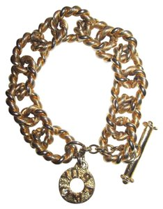 Gerard Yosca Gerard Yosca Gold-Plated, Chunky, Twisted Rope Link and Charm 8.5