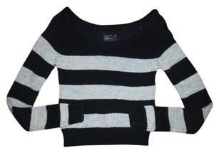 American Eagle Outfitters Cropped Stripes Sweater