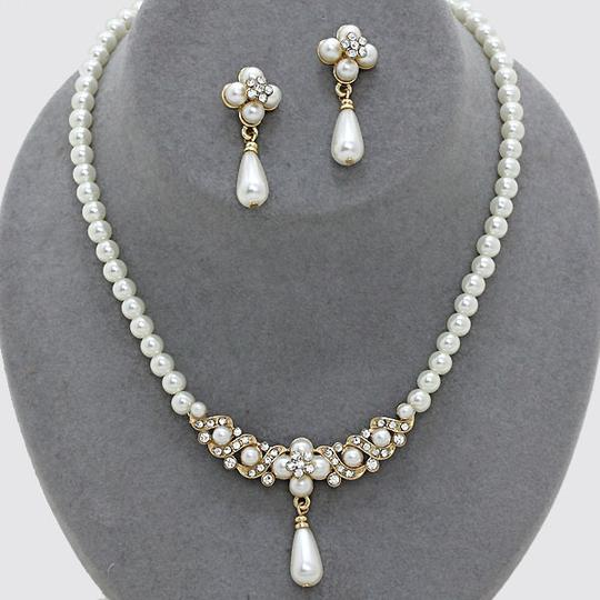 Cream Gold Clear Crystal Clover Pearl Drop Bride Bridesmaid Prom Necklace and Earring Jewelry Set