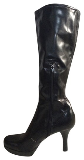 Preload https://img-static.tradesy.com/item/561642/guess-by-marciano-black-stretchy-platform-bootsbooties-size-us-10-0-0-540-540.jpg