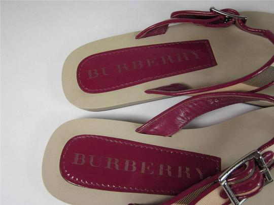 Burberry House Nova Check Flip-flops Logo Rasberry Sandals