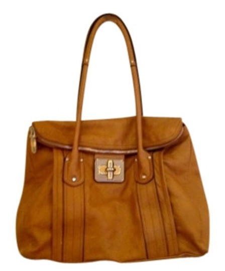 Preload https://item4.tradesy.com/images/b-makowsky-large-with-clasp-camel-leather-satchel-5618-0-0.jpg?width=440&height=440