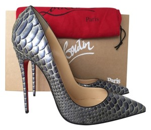 Christian Louboutin So Kate Python Blue gray Pumps