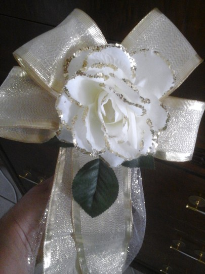 Ivory and Gold Champagne Glitter & Rose Pew Bows - 20 Ceremony Decoration