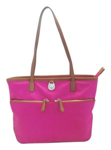Michael Kors Tote in Fuschia