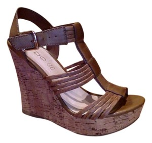 ALDO camel/tan Wedges