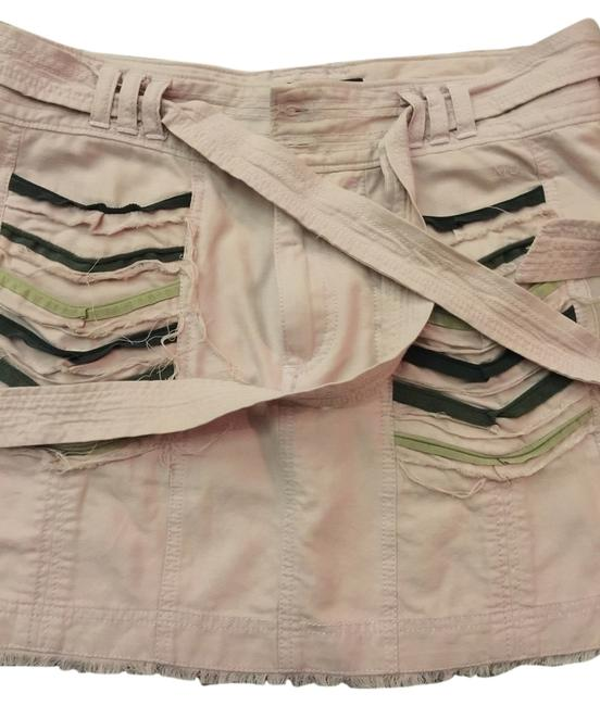 Preload https://item3.tradesy.com/images/marc-jacobs-pink-frayed-miniskirt-size-6-s-28-5622847-0-0.jpg?width=400&height=650