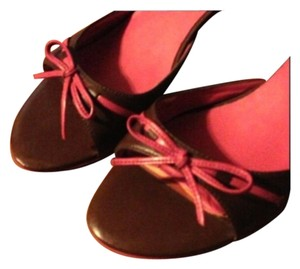 Charles David Brown with pink trim Sandals