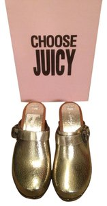 Juicy Couture Gold metallic Mules