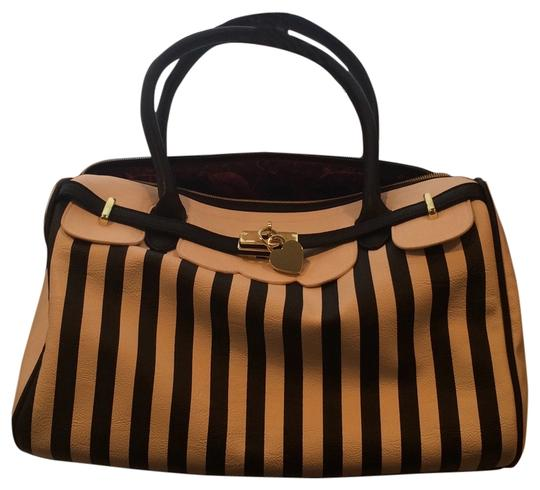 Preload https://item1.tradesy.com/images/betsey-johnson-sriped-black-and-white-tote-5625790-0-0.jpg?width=440&height=440
