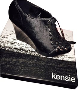 Kensie Wedges