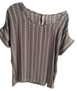 Banana Republic Top Black & cream
