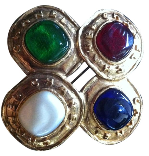 Item - Gold/Purple/Red/Green/Pearl Multi Color Gripoix Brooch