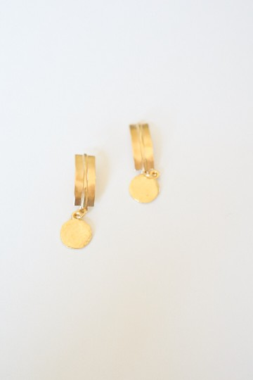 Other GOLD HAMMERED BAR POST AND DISC EARRINGS