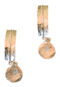 SILVER HAMMERED BAR POST AND DISC EARRINGS