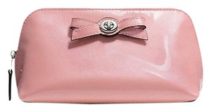 Coach TURNLOCK BOW COSMETIC CASE