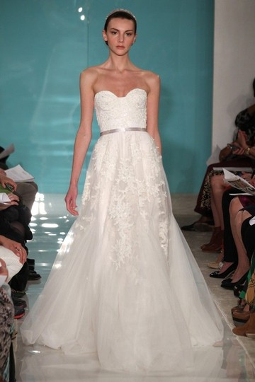 Reem Acra Heavenly Lace Wedding Dress