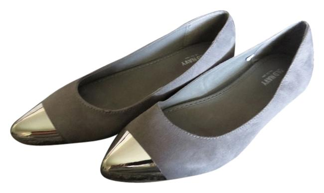 Item - Gray Flats Size US 8 Regular (M, B)