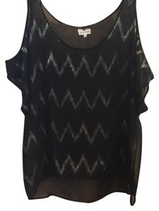 One Clothing Top Black/Gold zig zag