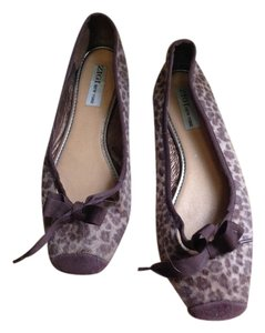 ZIGI NEW YORK Leopard Flats