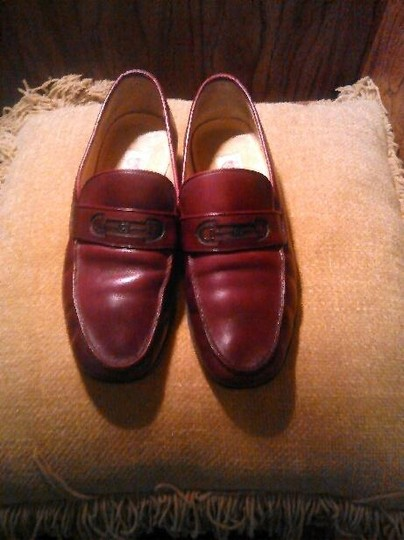 Gucci Leather Loafers Burgundy Flats