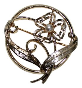 Sarah Coventry Beautiful Sarah Coventry Brooch