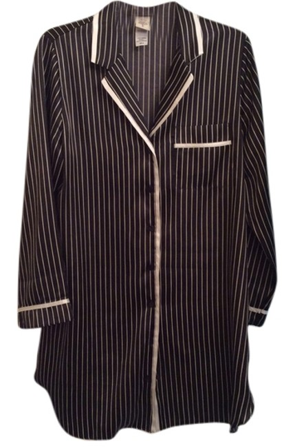 Preload https://item4.tradesy.com/images/black-and-white-vertical-striped-night-shirt-button-down-top-size-10-m-5634013-0-0.jpg?width=400&height=650