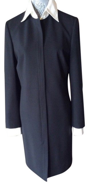 Preload https://item3.tradesy.com/images/blk-no-knee-length-workoffice-dress-size-10-m-5634142-0-0.jpg?width=400&height=650