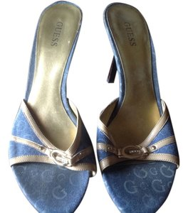 Guess Mule Like New Great Style Denim & Lower Heel Blue with light blue Guess signature and beige leather trim Sandals