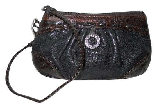 Preload https://item1.tradesy.com/images/brighton-black-and-brown-leather-wristlet-5635900-0-0.jpg?width=440&height=440