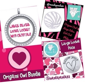 Origami Owl Large Living Memory Lcket w/ Crystals & 2 L Face Plates
