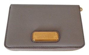 Marc by Marc Jacobs New Q Tomoko Gray Leather Continental Wallet