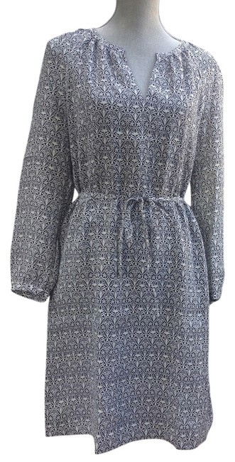 Preload https://item2.tradesy.com/images/tory-burch-navy-carinthia-knee-length-workoffice-dress-size-8-m-5638621-0-0.jpg?width=400&height=650