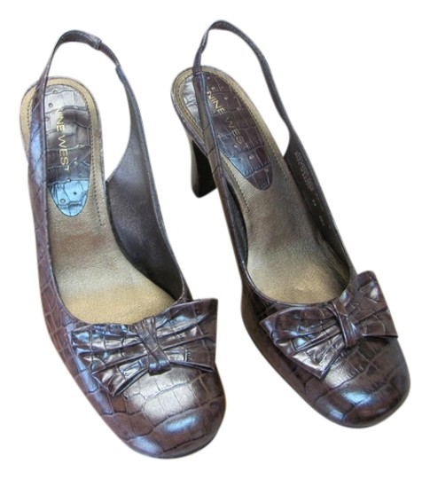 Preload https://item4.tradesy.com/images/nine-west-brown-excellent-condition-reptile-design-leather-700m-pumps-size-us-7-regular-m-b-5638678-0-0.jpg?width=440&height=440