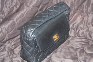 Chanel Quilted Cc Logo Vintage Shoulder Bag