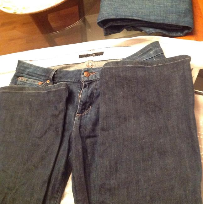 Joes jeans size 30 waist Lenght 31. Color is a nice darker blue than what the picture shows Boot Cut Jeans-Medium Wash