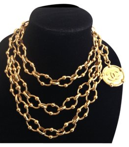 Chanel CHANEL RARE VINTAGE SEASON 23 GOLD PLATED CC MEDALLION NECKLACE/ BELT