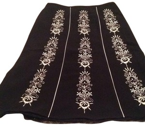 Ann Taylor LOFT Embroidered Skirt Black and white