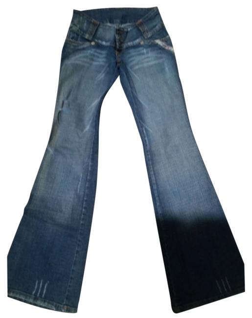 Preload https://item1.tradesy.com/images/flare-leg-jeans-size-24-0-xs-5641090-0-0.jpg?width=400&height=650