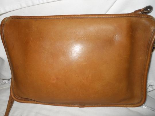 Coach Vintage Leather Cross Body Bag