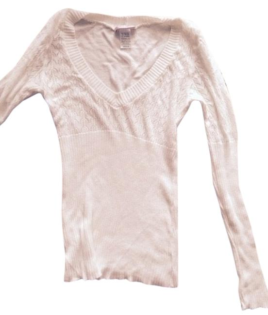 Preload https://item5.tradesy.com/images/romeo-and-juliet-couture-ivory-white-light-weight-v-neck-knit-top-stretchy-sweaterpullover-size-8-m-5641804-0-0.jpg?width=400&height=650