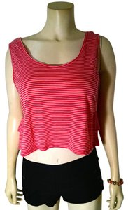 Ginger Cropped Size Medium P1681 Top pink striped