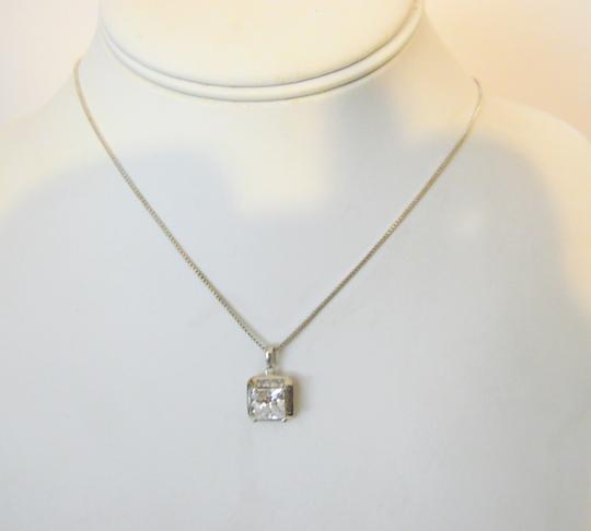 Victoria Wieck Victoria Wieck Absolute Pendant with 18 inch Chain