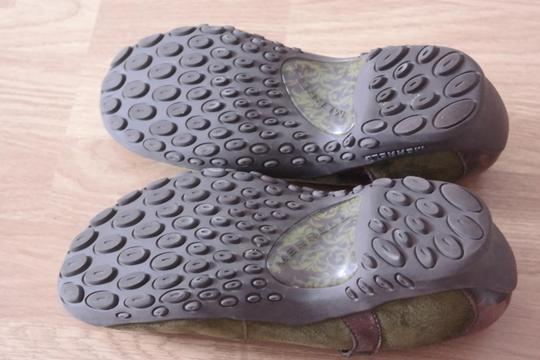 Merrell Sport T-strap Comfortable Comfort And Style Suede Leather Green Flats