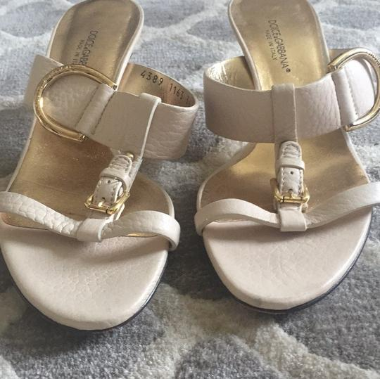 Dolce&Gabbana Light beige with gold buckles Wedges